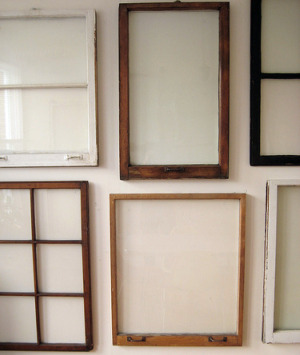 Window Frame Wall Decor a great use for old window frames